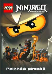 Lego Ninjago Pelkkää pimeää