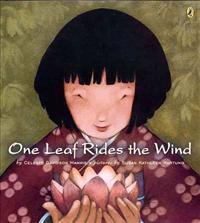 One Leaf Rides the Wind - Celeste Mannis  Susan Kathleen Hartung - böcker (9780142401958)     Bokhandel