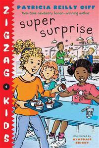 Super Surprise - Patricia Reilly Giff - böcker (9780375859144)     Bokhandel